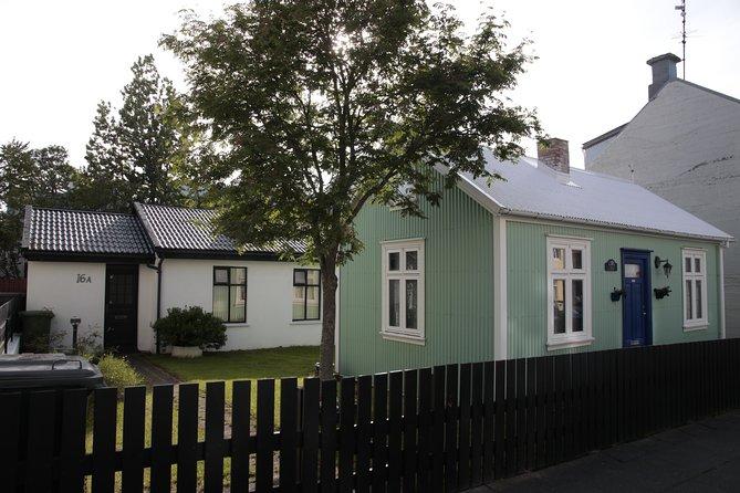 Walking tour of Reykjavik city