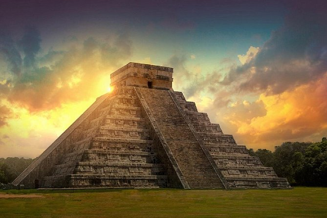 Private Tour Chichén Itza All Inclusive with Cenote Hubiku