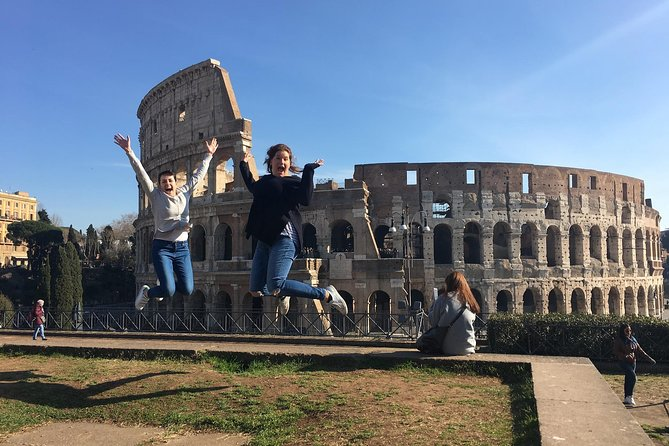 Combo: Colosseum very fast access & 24 Hours Hop-on Hop-Off bus