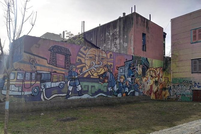 Leo's BA Walking Tours Buenos Aires (San Telmo - La Boca)