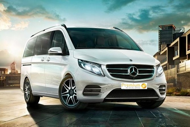 Transfer Nouméa to Tontouta Airport by Premium Sedan