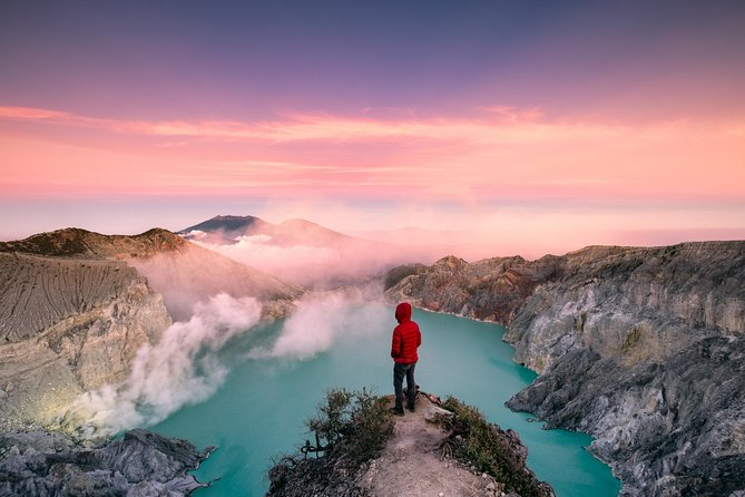Mount Ijen Crater Volcano Midnight Trekking Tour from Bali – Full Day