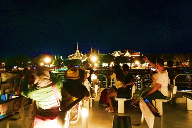 Private Tour : Bangkok Night Tour and Street food By Tuk Tuk and Boat