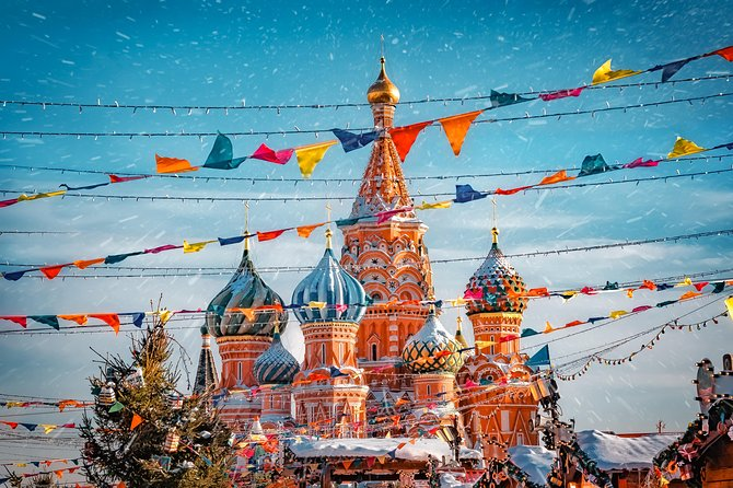 Two Capitals of Russia: Moscow + Saint Petersburg group tour