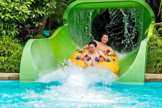 Singapore Adventure Cove Waterpark (Shared transfer)