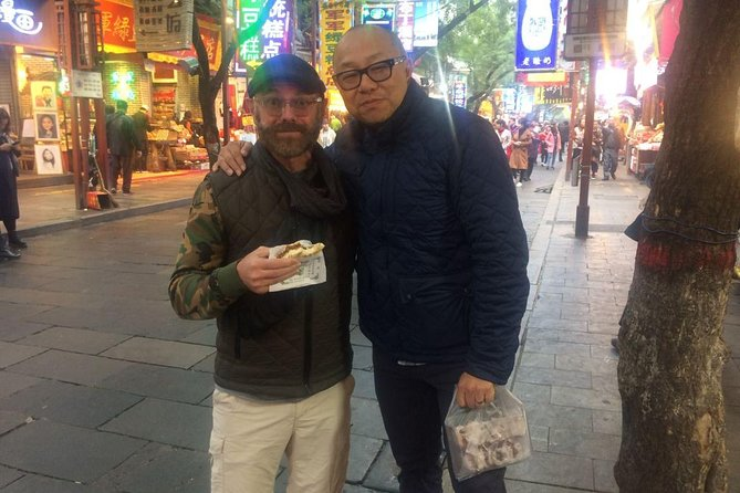 Xi'an Hidden delicious Food night tour with English peaking guide 3hours
