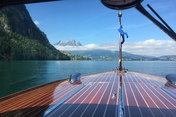 Private nostalgic boat tour on Lake Lucerne, also only transfer possible