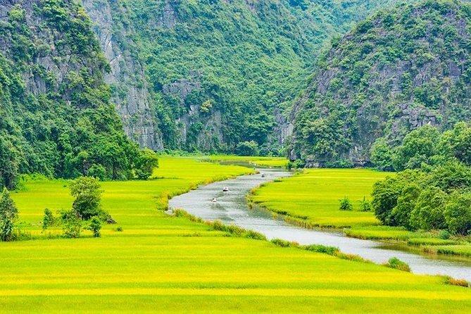 Hanoi Travel to Hoa Lu - Tam Coc 1 Day Trip ( Halong Bay in Land )