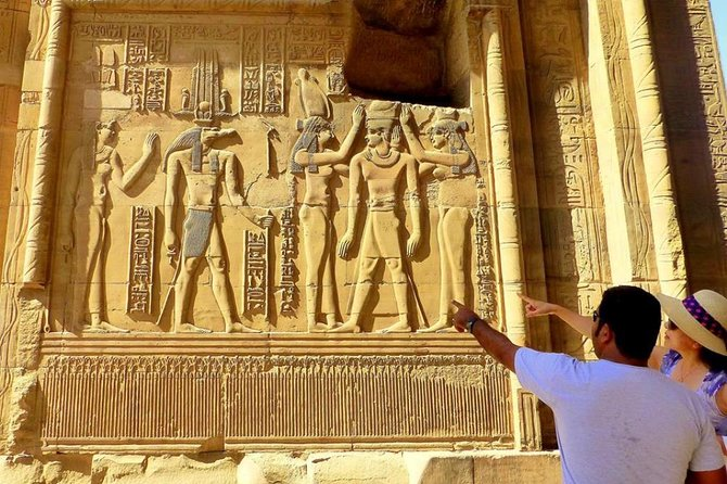 8-Day Private Tour Cairo, Aswan, Luxor and Nile Cruise Including Air Fare