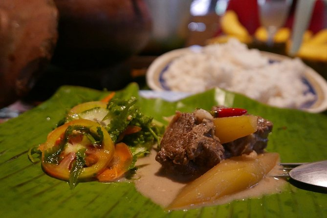 Market Tour and Provincial Filipino Cooking Class in the Countryside