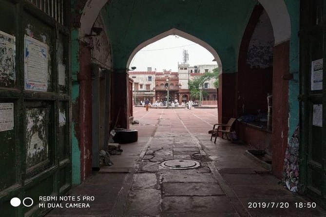 3-4 Hour Old Delhi Heritage Walk Tour with Tuk Tuk Ride Wherever Required photo 8