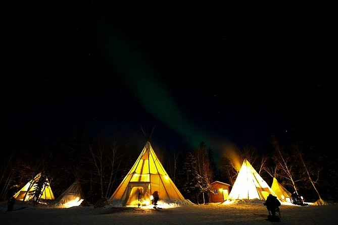 Yellowknife Northern Lights Viewing Tour Including 3-Nights Accommodation