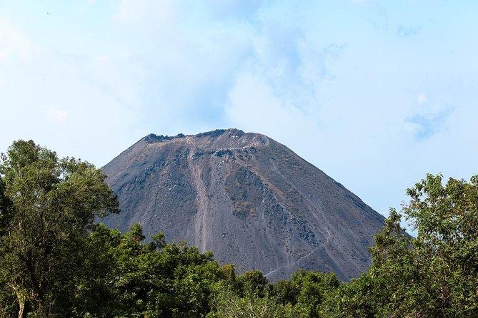 El Salvador volcano Hiking Tours - Izalco Voclano