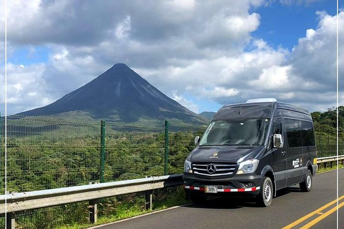 Shared Shuttle from San Jose Int'l Airport to Manuel Antonio | PM
