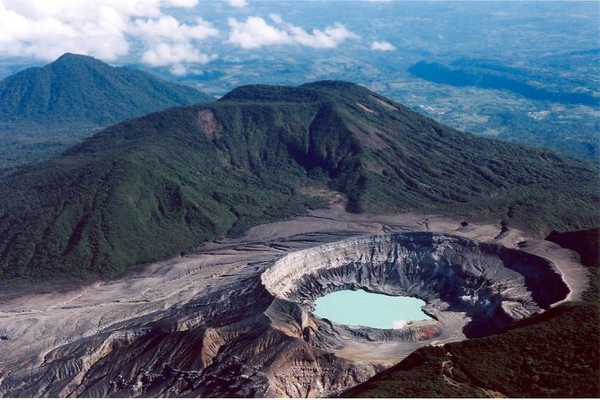 Private Transfer from Arenal to Poas Volcano Area