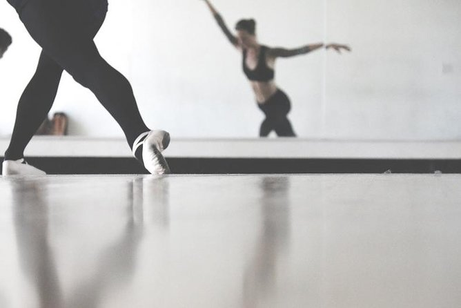Ballet Class -- all levels welcome! (Kids, teens, or adults)