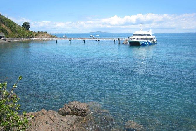 Tiritiri Matangi Island Day Trip from Auckland with Optional Guided Walk