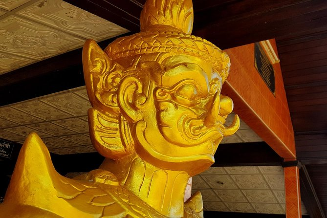 There are many styles of Buddhism on display.