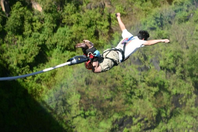 Bungee Jumping Day Trip photo 3