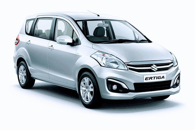 Delhi Airport to hotel and hotel to Delhi Airport (return transfer)