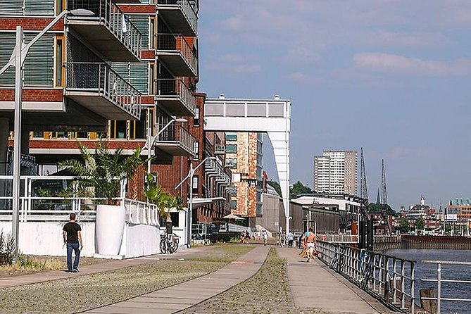 Hamburg Port Promenade Tour photo 3