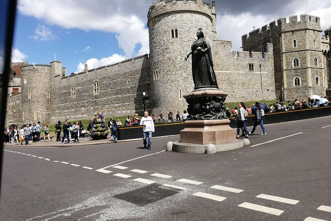 Luxury Private Day Hire London-London Stopover at Windsor & Hampton Court Palace
