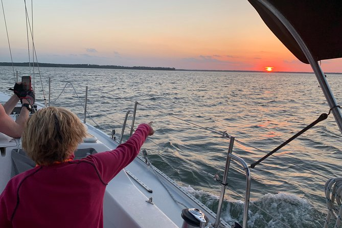 Private Hilton Head Sunset Sailing Tour with Dolphin Watching