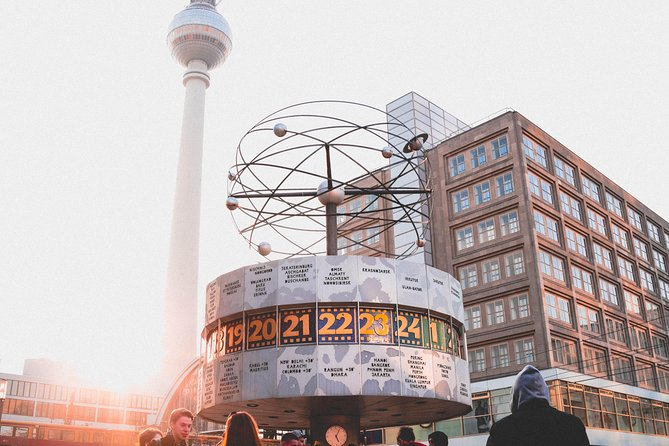 The Absolutely Must See Sights in Berlin - 4-hour Private Walking Tour