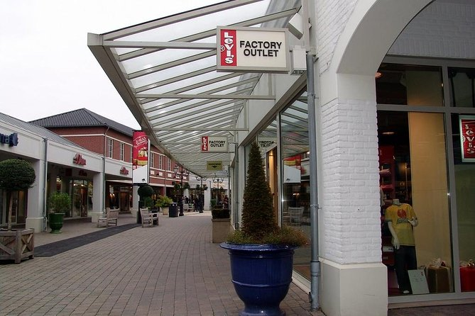 Private Tour to Designer Outlet Roermond