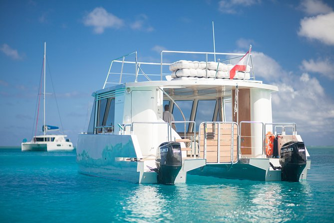 Bora Bora First class Catamaran Full day and Sunset Cruise