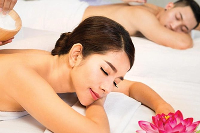 60 minute Aisawan Spa Signature :: Couples Massage (2 people)