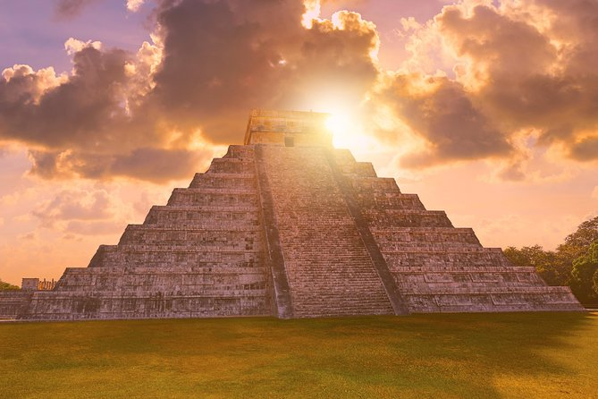 Exclusive: Early Access Tour to Chichen Itza From Cancun & Riviera Maya