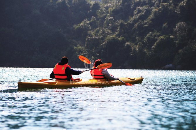 Halong Bay, Thien Cung cave and Kayak with Incredible Cruise photo 4