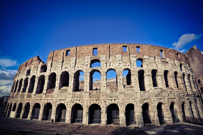 Exclusive Small Group explore the Colosseum, Roman Forum and Palatine Hill