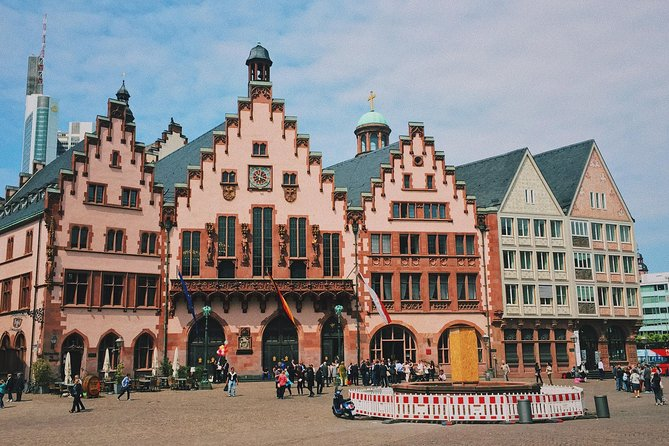 Private Scenic Transfer from Munich to Frankfurt with 4h of Sightseeing