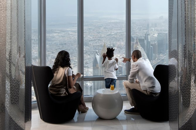 """Evite las colas Entrada """"At the Top Burj Khalifa SKY"""" a las plantas 148, 125 y 124"""