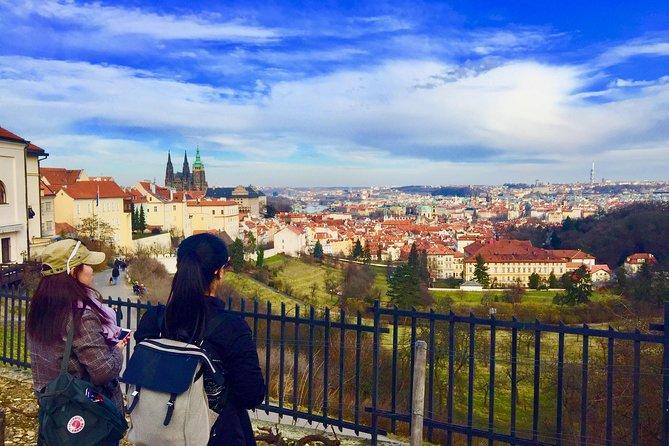 Prague Essential Tour - Private Guided Tour Including Transfer To The Castle