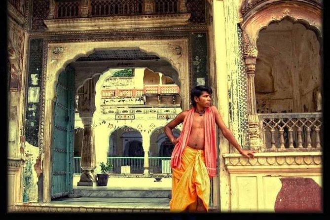 Jaipur Heritage Walk – A walking Pink City tour of temples, artisans & history