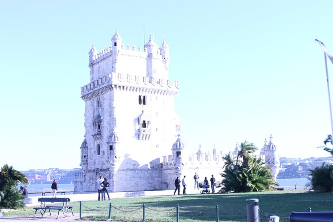 Private Tour in Lisbon - Walking is the best way to visit the city best places
