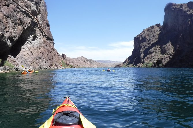 Willow Beach to Emerald Cove Half Day Kayak Trip from Las Vegas