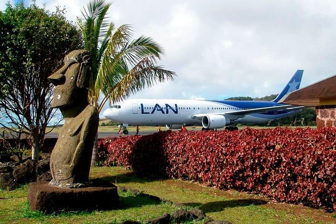 Private Arrival Transfer: Mataveri Airport to Easter Island Hotels