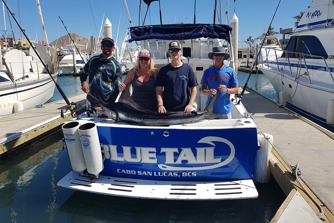 Cabo San Lucas: 28 Feet Blue Tail - Full Day Fishing (8 Hours) All Inclusive