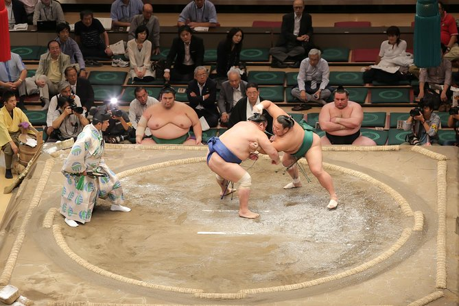 Sumo Culture tour in Ryogoku with morning practice view & Chanko Nabe Lunch