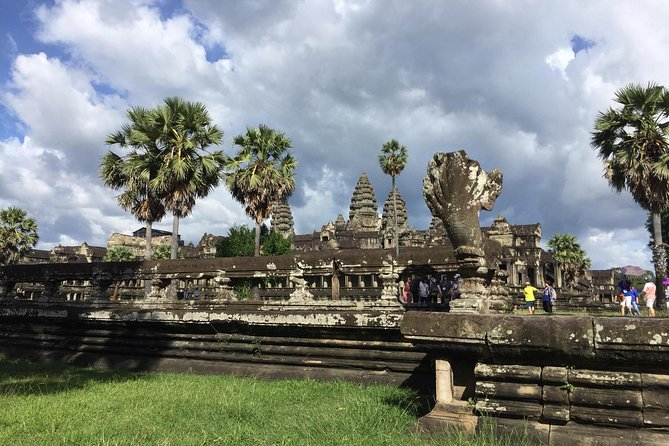 Explore Angkor Temples by Jeep photo 4