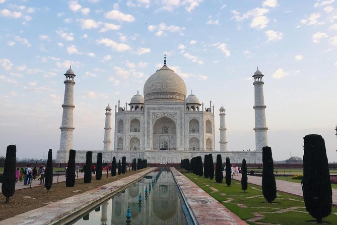 Same Day Taj Mahal And Agra Fort Tour From Delhi