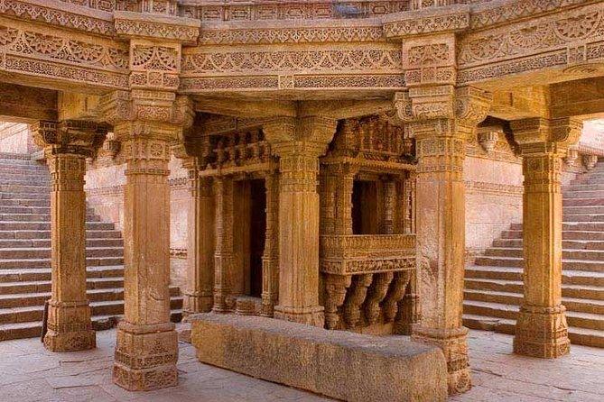 Tour privado: tour de Stepwells de día completo desde Ahmedabad