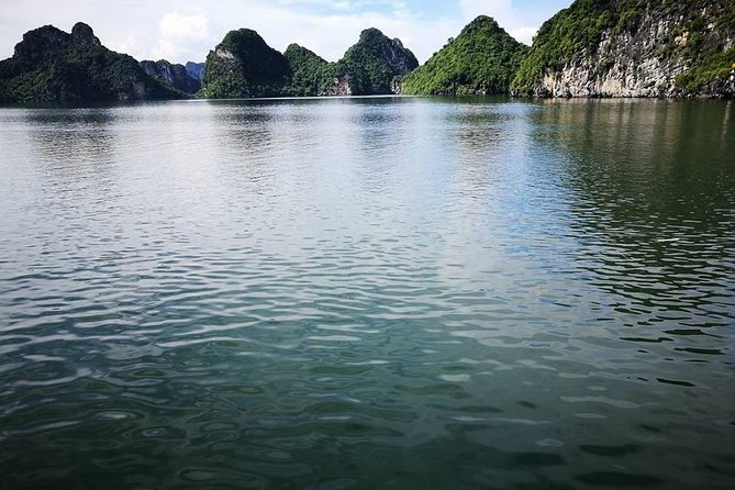 Bai Tu Long Bay 2days 1night photo 3