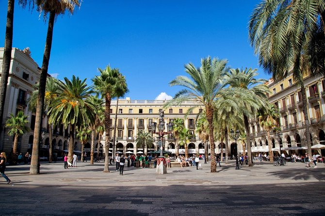 Royalty Barcelona Private Walking Tour