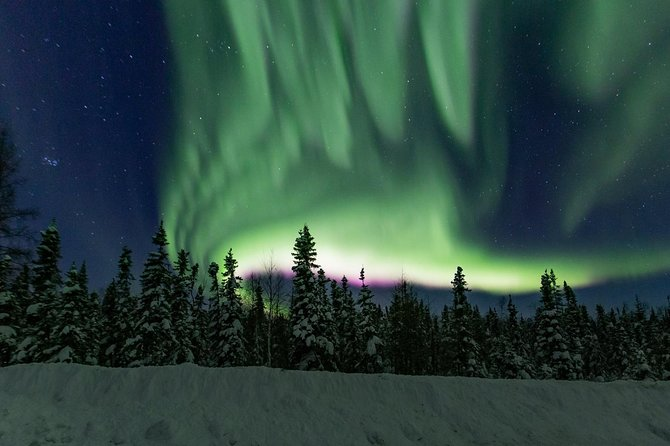 Intimate Aurora Tours Cozy Cabin Bucket List
