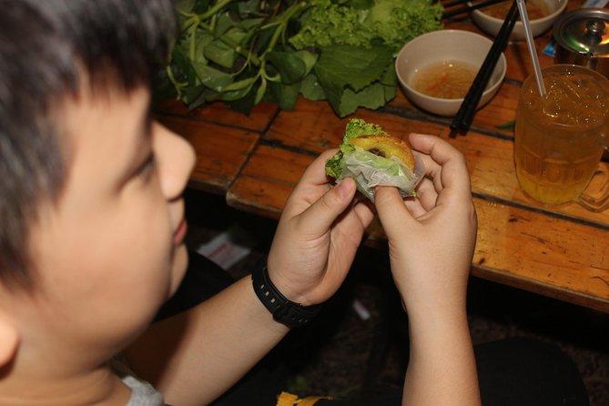 Saigon Street Food and Sightseeing Tour